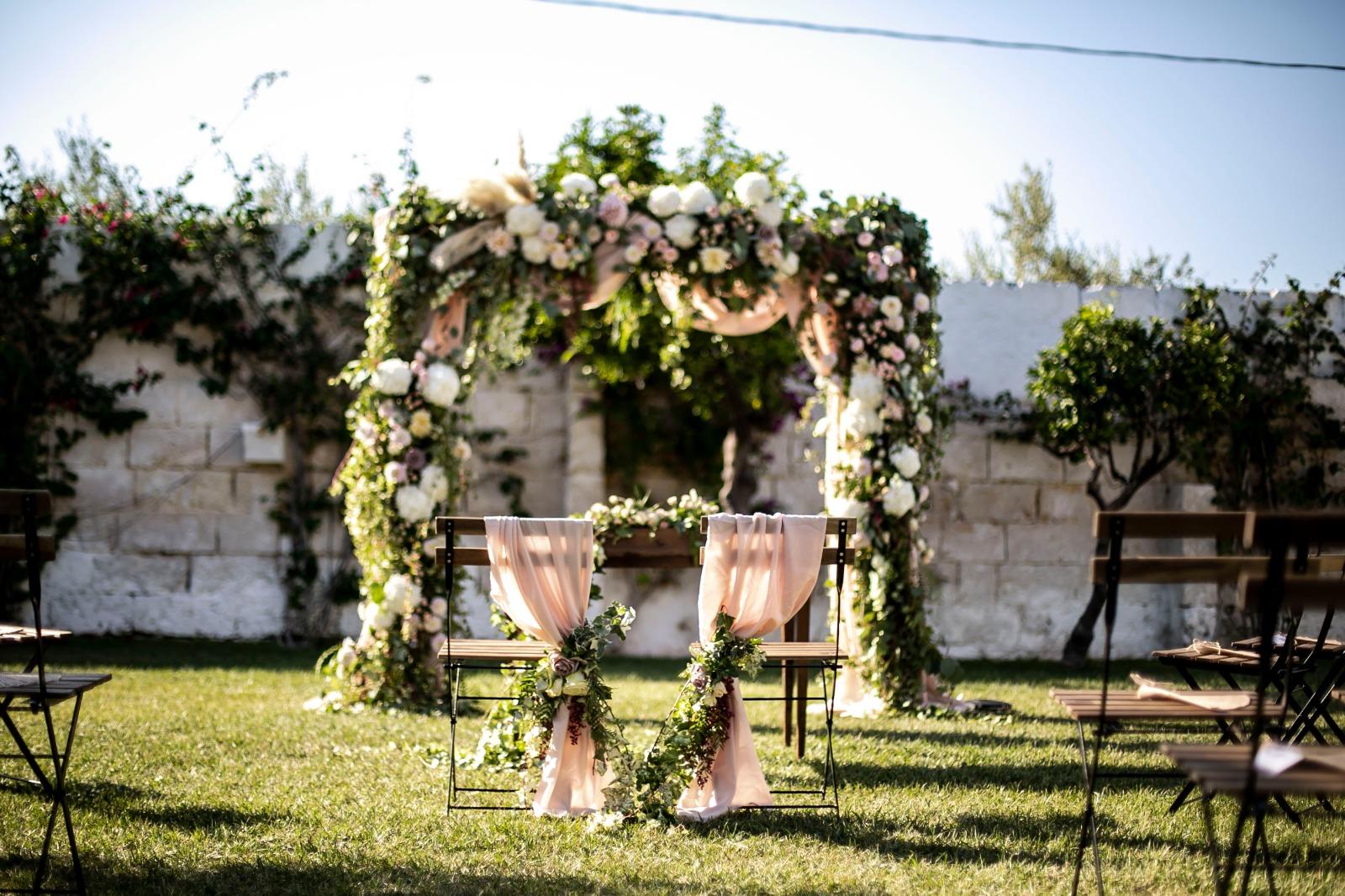 matrimonio in Primavera Puglia flower decoration